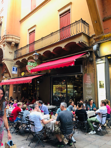 Piazza Maggiore in Bologna  where Coffee and Italian Biscuits live!