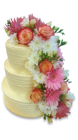 Dello Mano Wedding Cake with fresh flower trail