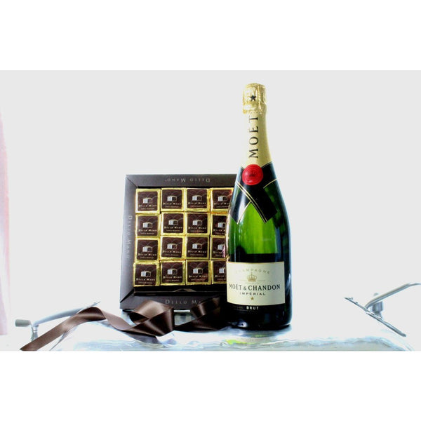 Valentine's Day Amore Chocolate Hamper - Dello Mano  - 1