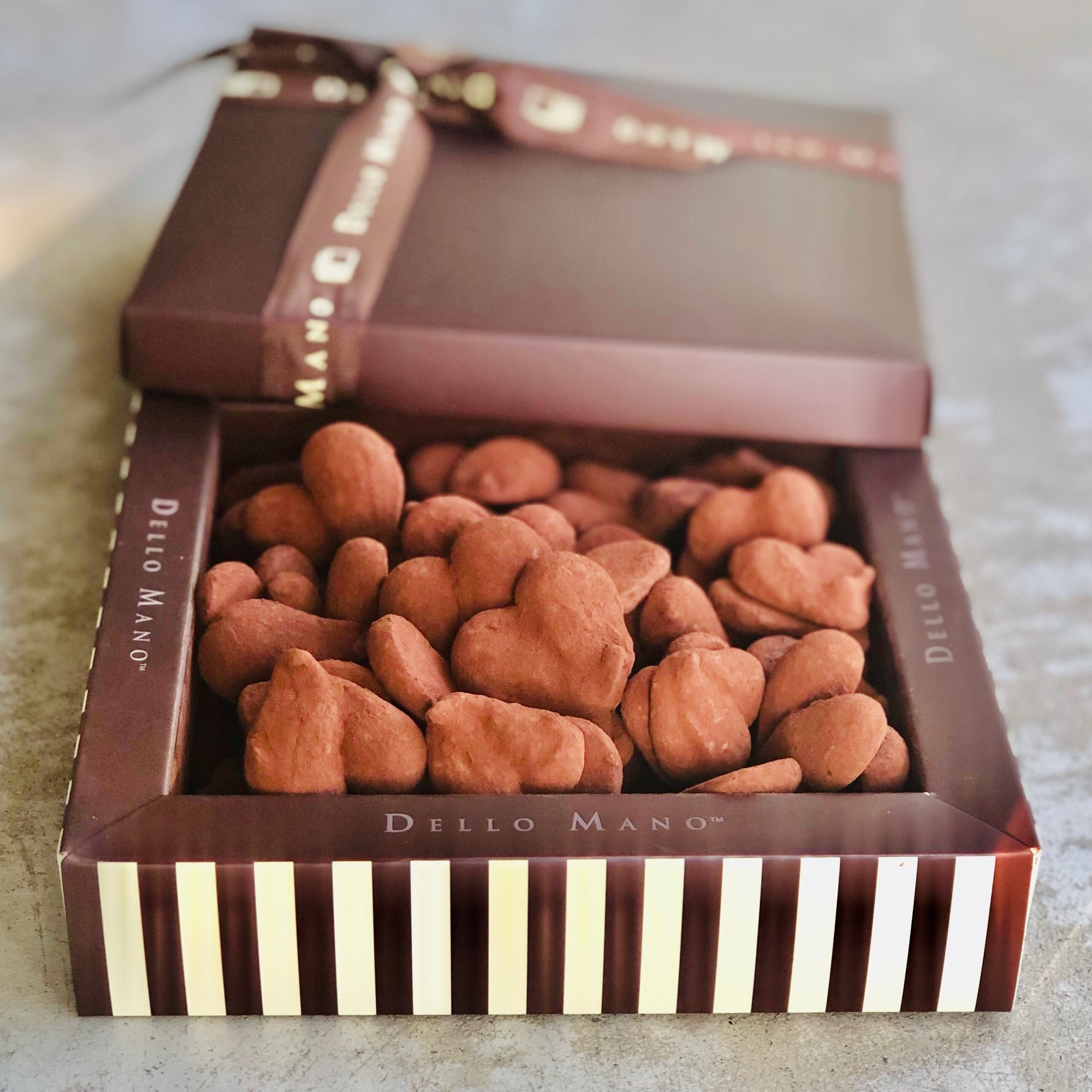 Truffles Strawberry Chocolate Gift Box