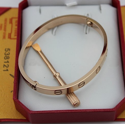 Gorgeous Love Bracelet