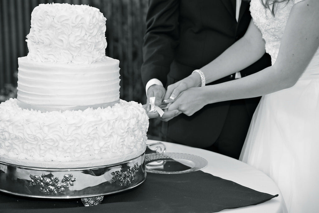 3 Don'ts for Your Cake Cutting Ceremony