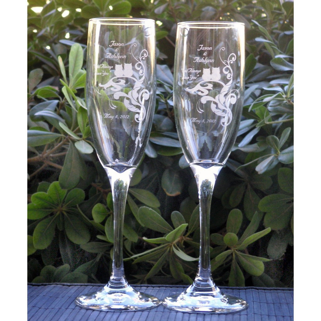 Owls Toasting Wedding Champagne Glass Flutes (Pair)