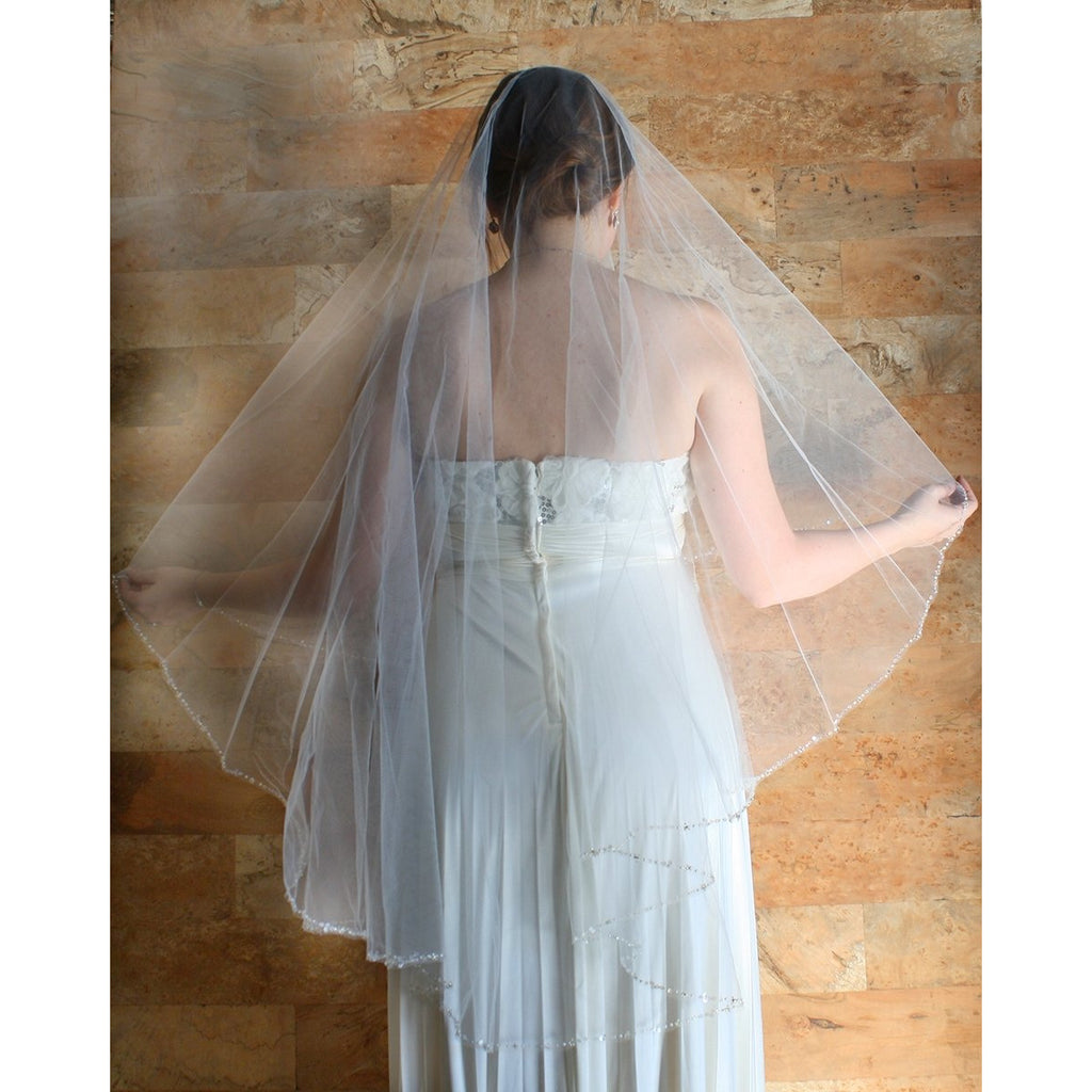 Combless Ivory Crystal Border & Cut Edge Veil