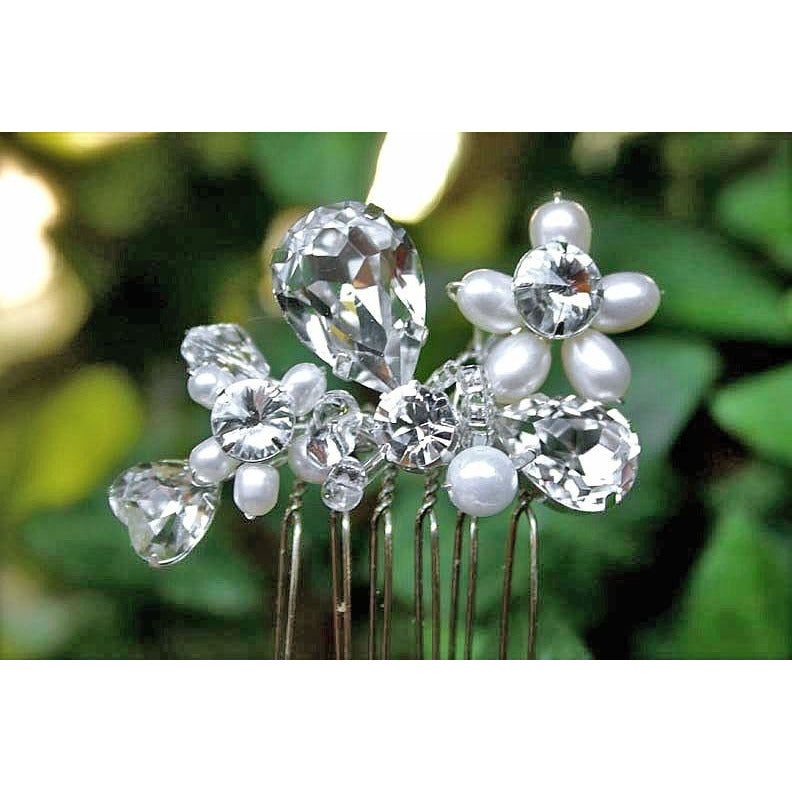 Tear Drop Crystal an Pearl Comb
