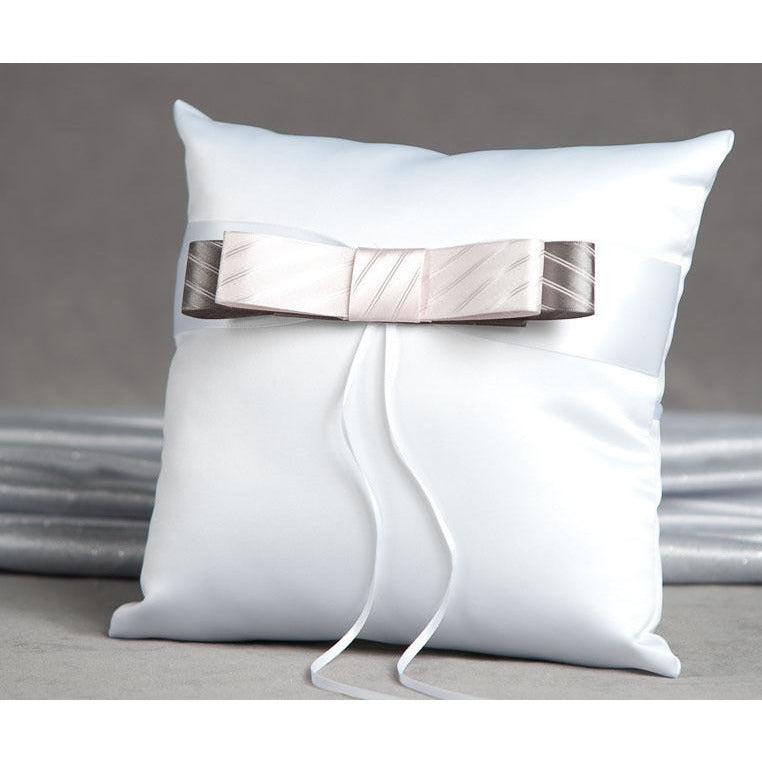 Tie(ing) the Knot Ring Pillow