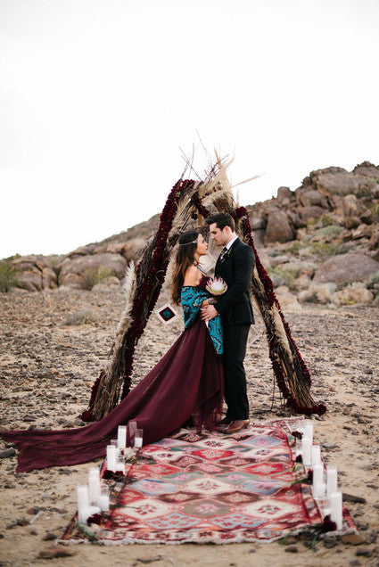 Photogrphy: The hearts haven  http://www.100layercake.com/wedding-ideas/marsala/134832/bohemian-desert-wedding-portrait