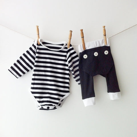 Baby Black White Striped Pajamas Set, Matching Pajamas, Black Stripe Pajamas, Baby Jammies, Baby PJs, Newborn Pajamas, First Halloween