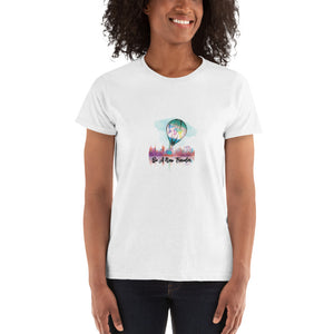Be a New Traveler Ladies' T-shirt
