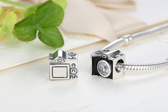 Be a New Traveler Around the World Charm