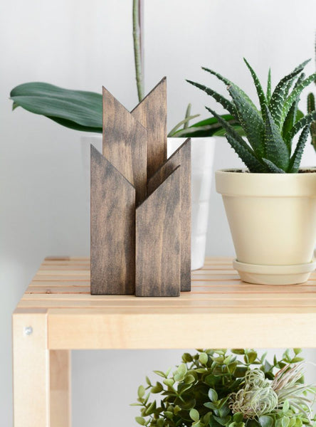 Stylish Wood Craft Ideas That Anyone Can Pull Off