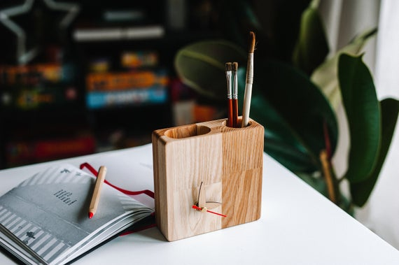 Pen holder with integrated clock, Wood pencil cup, Wood desk clock, Ergonomic pen holder, Pen holder for desk, Unique Christmas gift, by PromiDesign