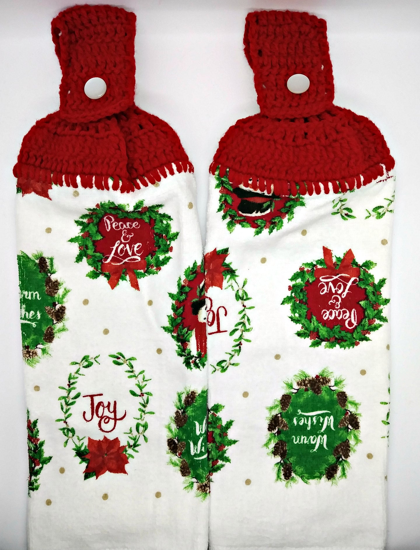 Christmas Peace & Love Wreaths Hanging Kitchen Towel Set