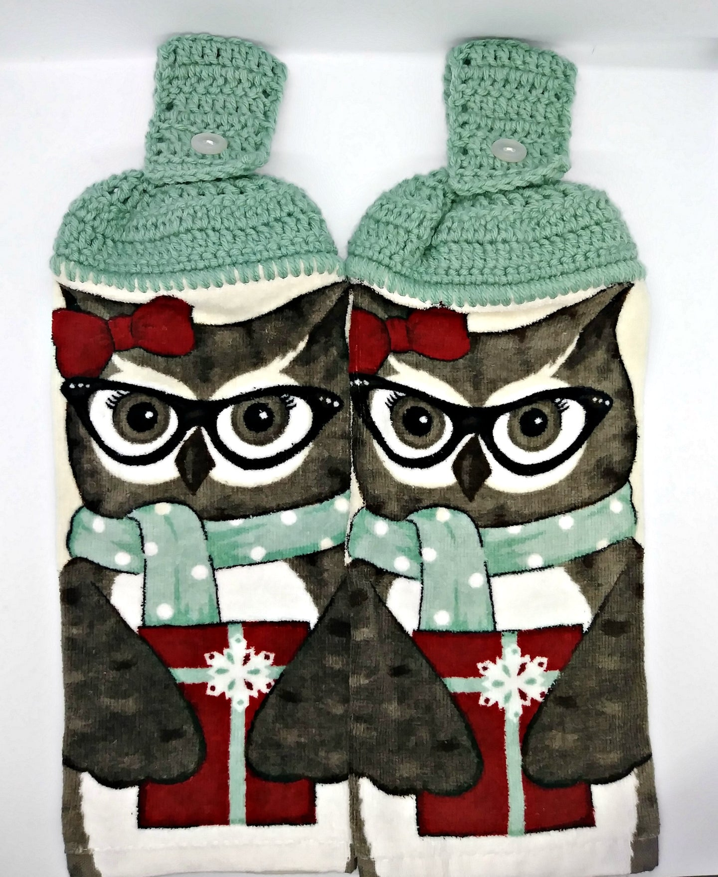 Owl In Scarf With Christmas Present Hanging Kitchen Towel Set