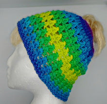 Load image into Gallery viewer, Teen Ladies Messy Bun Hat Parrot Stripe