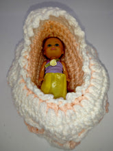 Load image into Gallery viewer, Little Girl's Bassinette Purse With Doll