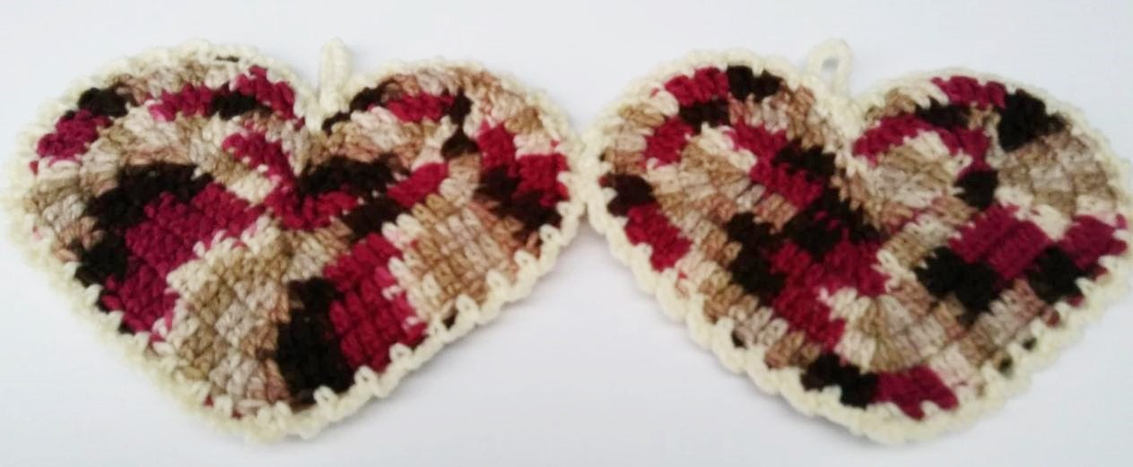 Heart Shaped Brown Beige Cream Magenta Potholder Set