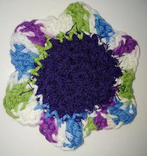 "Load image into Gallery viewer, Flower Kitchen Durable Dish Pot Scrubbies 4"" x 4"" Green Blue Purple"