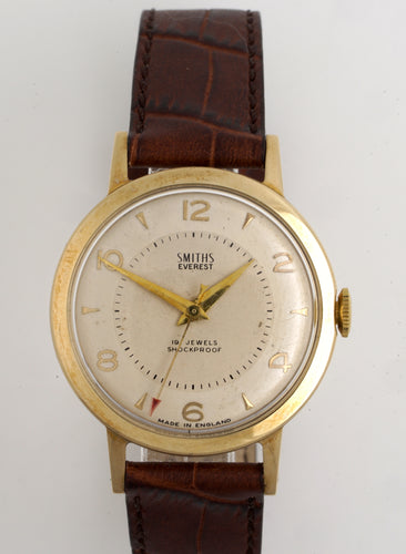 EVEREST SMITHS MADE IN ENGLAND GOLD GENTS WRISTWATCH 19 JEWEL