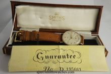 DELUXE SMITHS MADE IN ENGLAND SOLID 9CT GOLD GENTS WRISTWATCH WITH BOX PAPER MINT