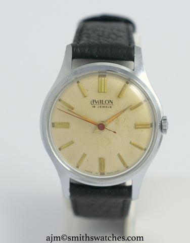 AVALON SMITHS 19 JEWEL ENGLISH WRISTWATCH C 1960
