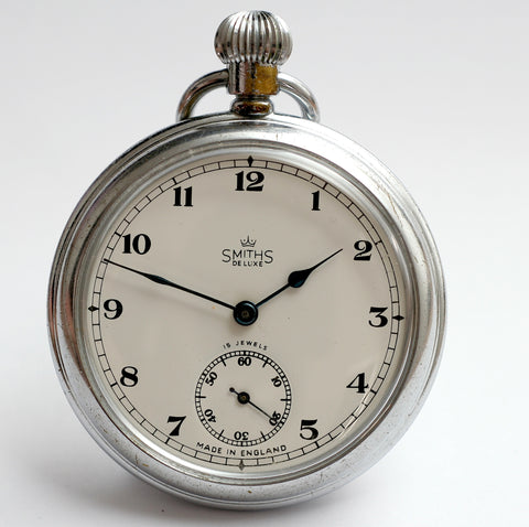DELUXE MADE IN ENGLAND HIGH GRADE POCKET WATCH B SERIES IN GOOD CONDITION