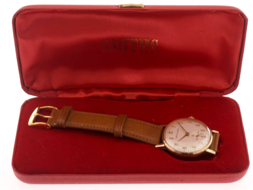 SMITHS MADE IN ENGLAND 9CT GOLD WRISTWATCH IN EXCELLENT CONDITION WITH BOX