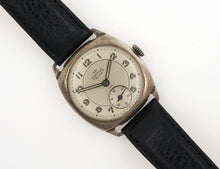 DELUXE SMITHS 1970 MADE IN ENGLAND DENNISON CASED SILVER ICI ENGRAVED WRISTWATCH