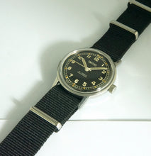 SMITHS MILITARY CAL 104 ENGLISH 19 JEWEL WRISTWATCH