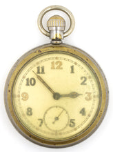 SMITHS MILITARY WWII 1940'S GSTP POCKET WATCH