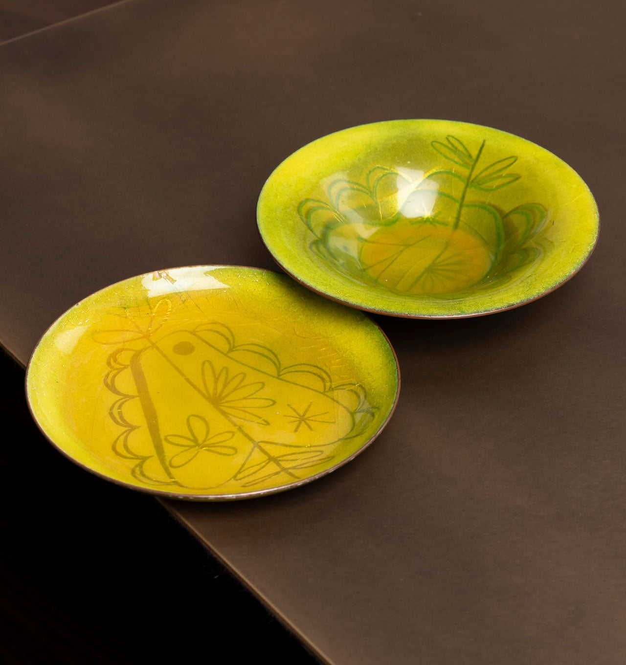Pear and Apple Enamel Bowl Set