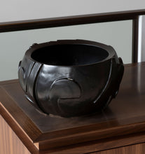 Load image into Gallery viewer, Carved Bowl