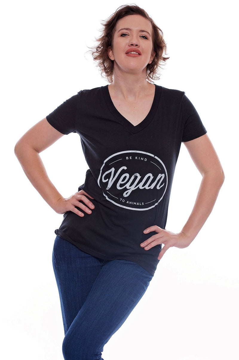 Vegan Circle V-Neck - Grape Cat