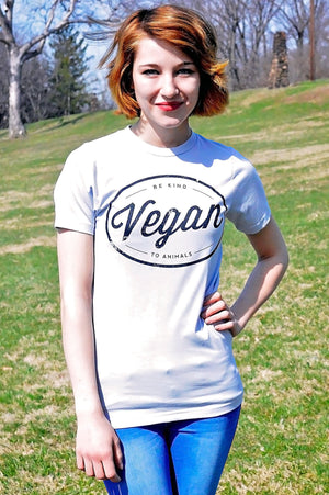 Vegan Circle T-Shirt - Grape Cat