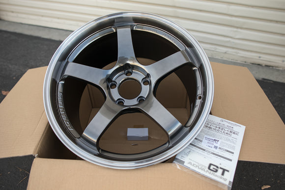 Advan GT 18x10 +40 5x114.3 Machining & Racing Hyper Black