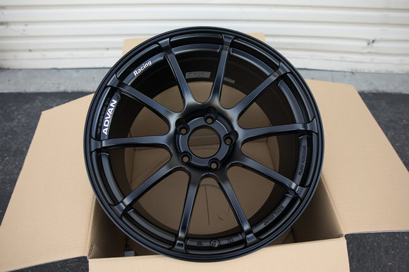 Advan RS II 18x9.5 +35 5x120 Semi Gloss Black