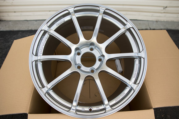 Advan RS II 18x10 +35 5x114.3 Racing Hyper Silver