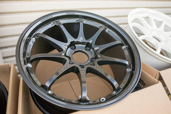 Volk CE28SL 18x9.5 +35 5x120 Diamond Black
