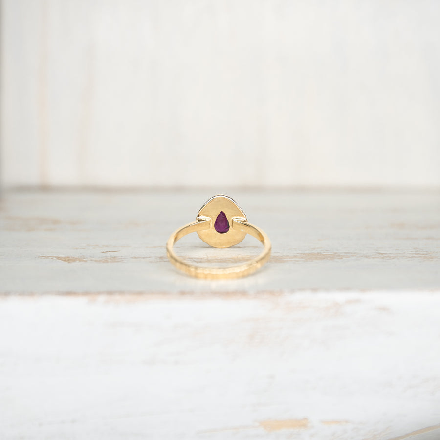 SELENA RUBY RING - GOLD