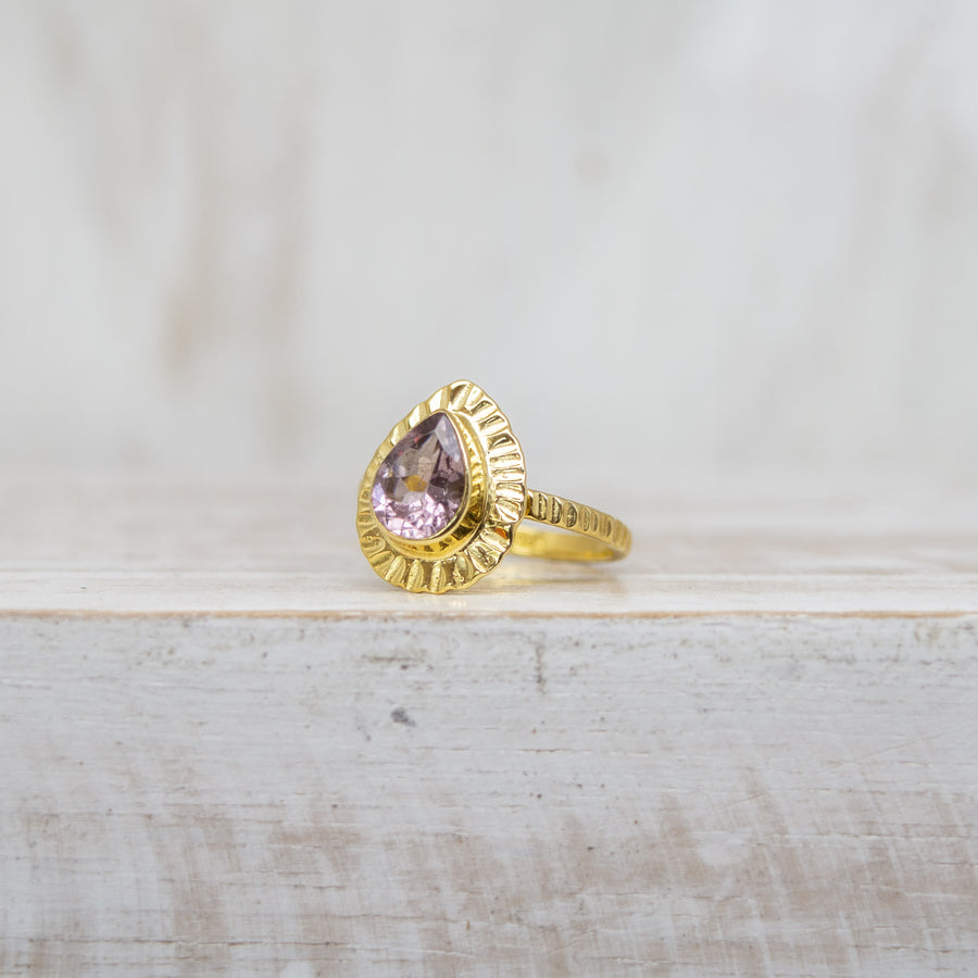 SELENA LAVENDER TOURMALINE RING - GOLD