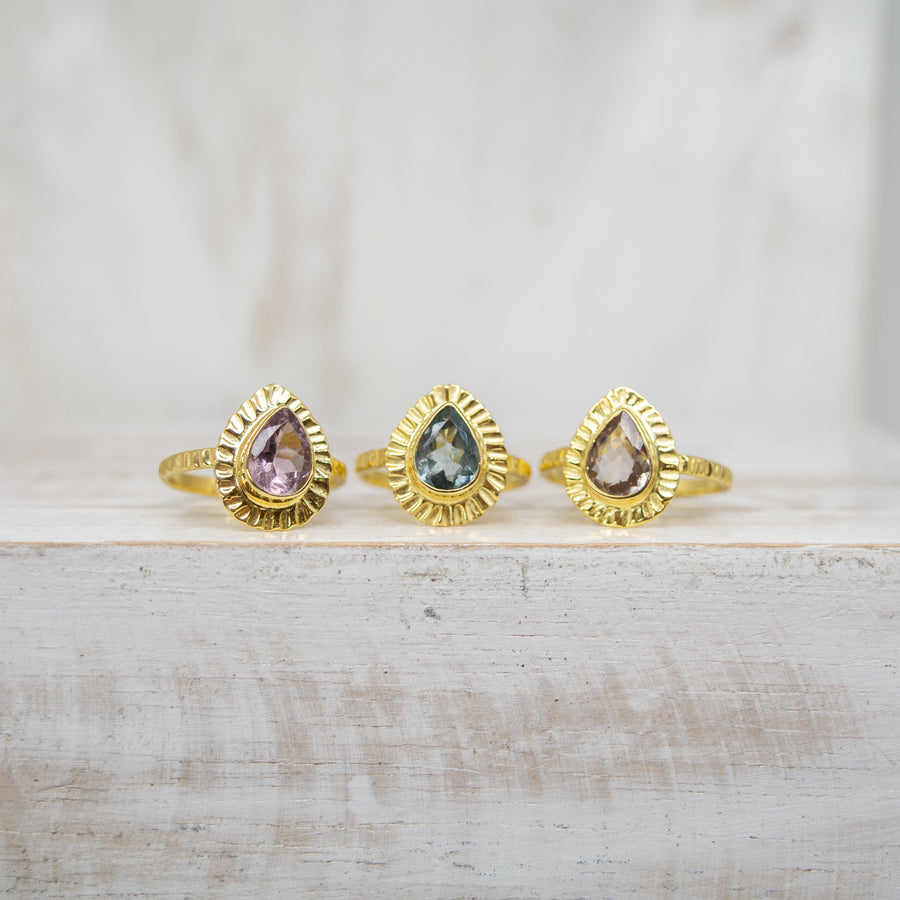 SELENA DRAVITE TOURMALINE RING - GOLD