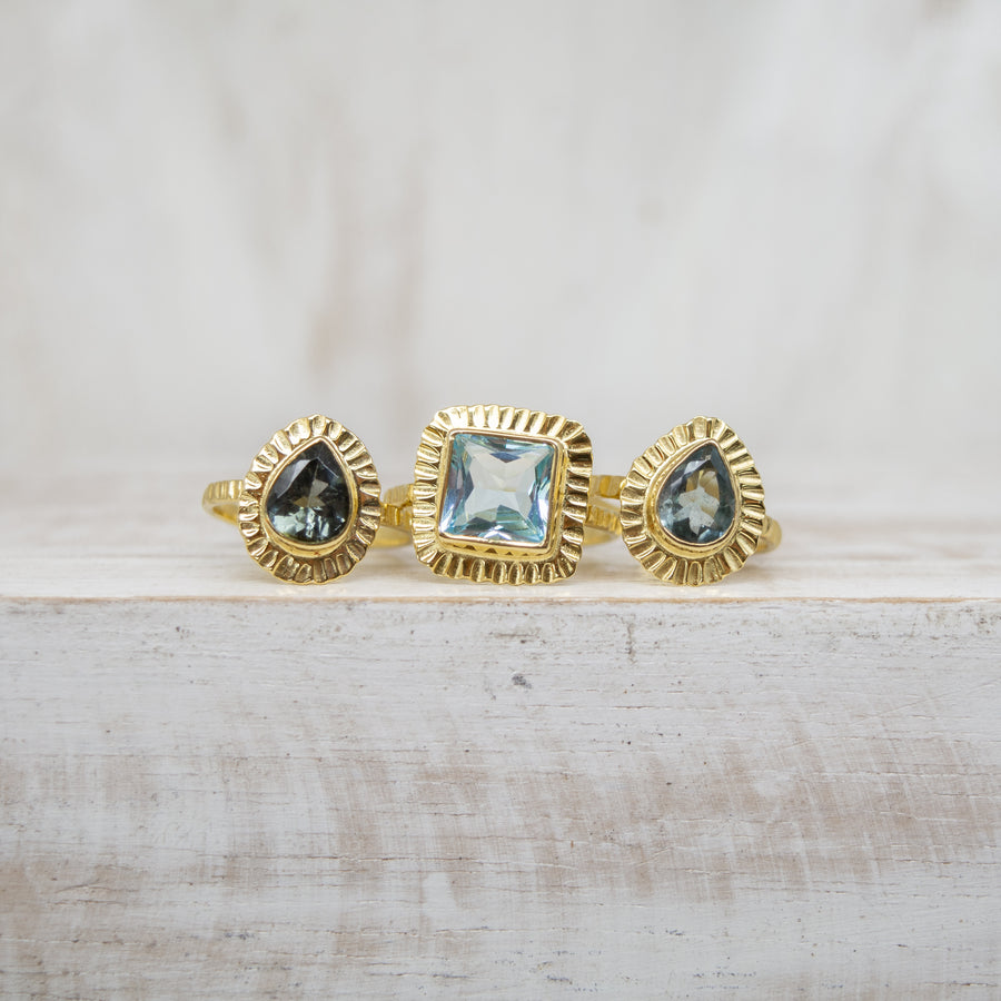 SELENA DEEP BLUE TOURMALINE RING - GOLD