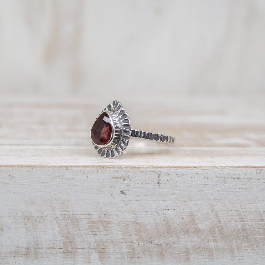 SELENA DEEP RED TOURMALINE RING - SILVER