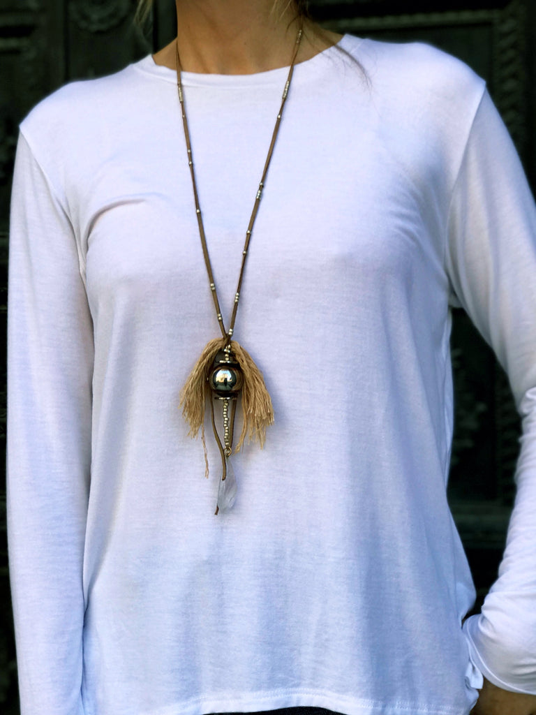 Isi - necklace