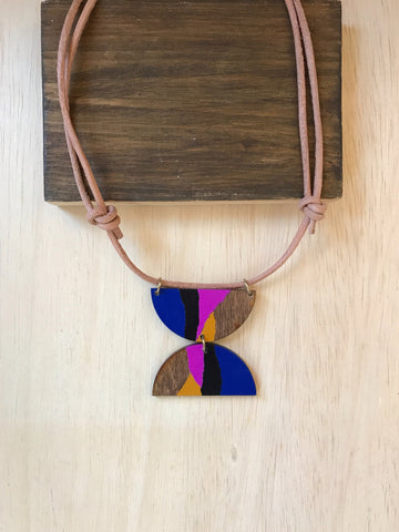 Double Crescent - necklace