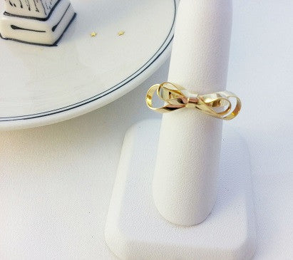 Double Ribbons ring