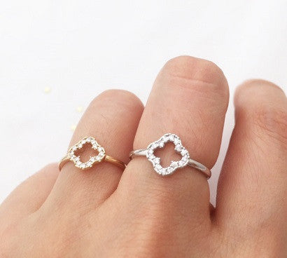 Cubic Clover ring