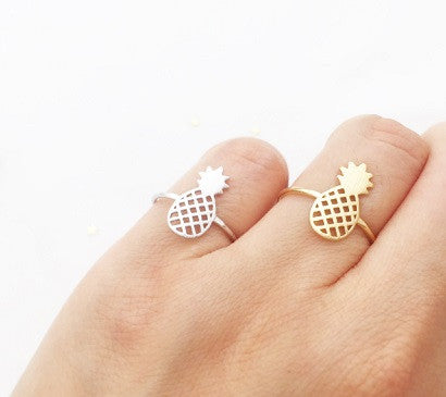 Flying Pineapple Ring