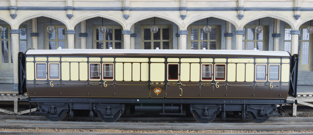 GWR K14/15 Passenger brake van<h4> £1195 inc VAT | </h4>page updated 15-02-2020