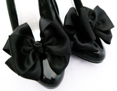 Black Shoe Clips Pinup Burlesque Bows For Shoes from Seriously Sassyx in Black